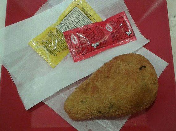 Chaparral: Pão de três queijos e coxinha sequinha em São Miguel