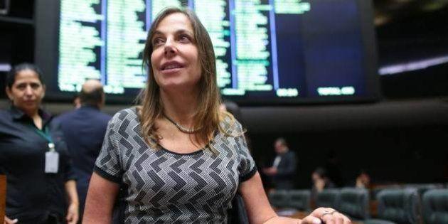 Deputada Mara Gabrilli defende saída de secretária das Mulheres e cassação de