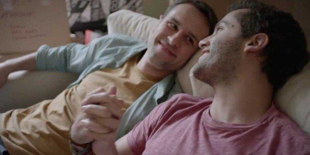 Em comemoração ao 'Orgulho LGBT' no México, Colgate lança seu primeiro comercial com casal gay no