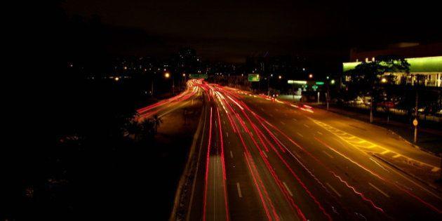 São Paulo possui mais 230 pontes e viadutos, das mais variadas ligações entre avenidas e cruzamentos...