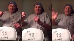 ASSISTA: Vovô celebra aniversário de 98 anos dançando