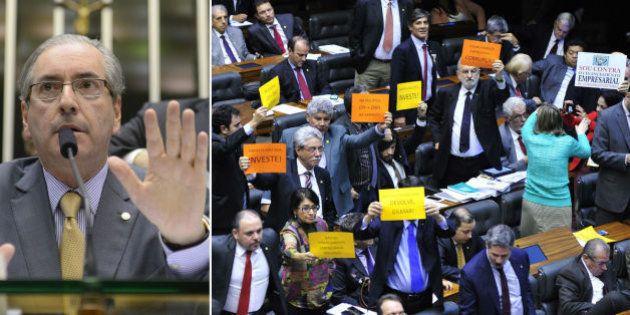 Impasse faz com que deputados adiem alterações na reforma