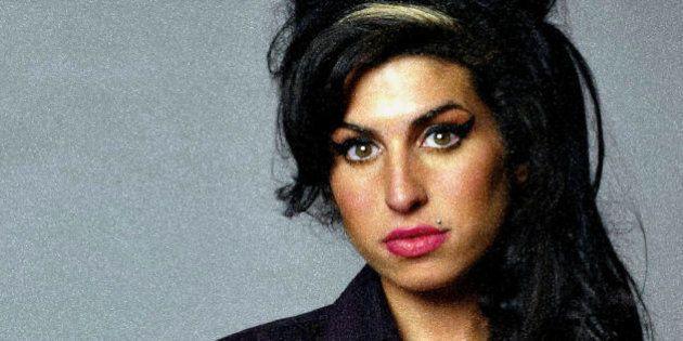 Amy: só uma