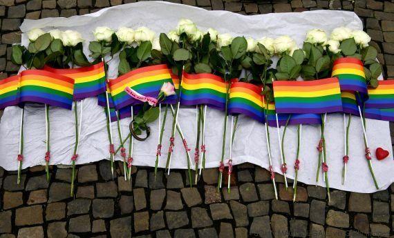 Foi homofobia, sim! Massacre em Orlando mistura ódio e fácil acesso às