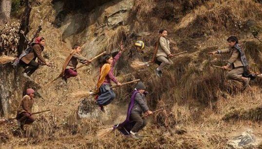 FOTOS: O Quadribol é (quase) real para estas crianças de uma escola no