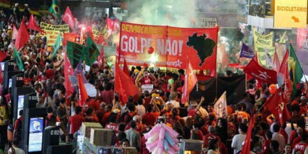 Contra impeachment, movimentos marcam ato pró-Dilma e 'Fora Cunha' para o dia 16 de