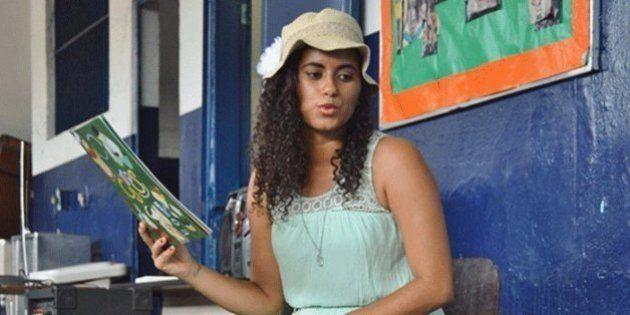 Professora negra diz que foi discriminada por loja Ágatha, em shopping na zona sul do