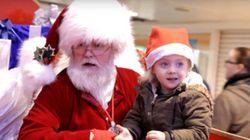 Este Papai Noel usa linguagem dos sinais para se comunicar com