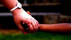 Mãe adotiva devolve menina para abrigo e terá que pagar R$ 100 mil de