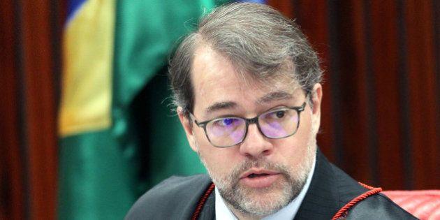 Justiça eleitoral não pode misturar política e religião, diz