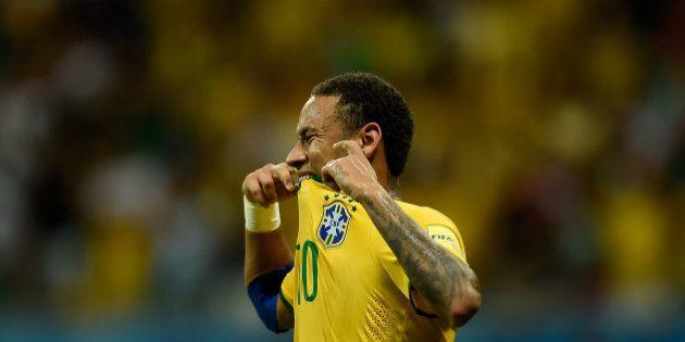 SALVADOR, BRAZIL - NOVEMBER 17: Neymar of Brazil reacts during a match between Brazil and Peru as part...