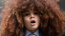 Ele tem só 4 anos e dá uma lição de valorização da cultura afro no