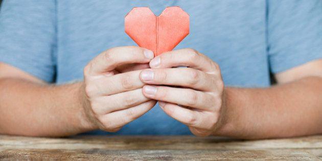 Amor e solidão em tempos de relacionamentos