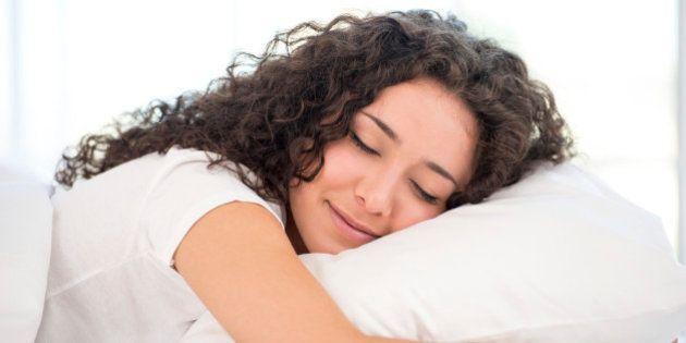 Falta de sono diminui a produtividade no trabalho, mas álcool não faz diferença, diz
