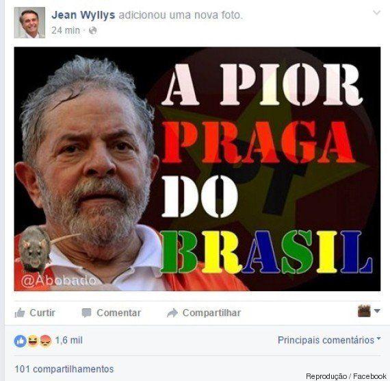 Facebook de Jean Wyllys é hackeado com foto de Bolsonaro. Deputado diz que 'fascistas' serão
