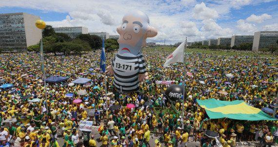 Em nota, governo Dilma Rousseff diz que protestos pacíficos mostram 'maturidade' do