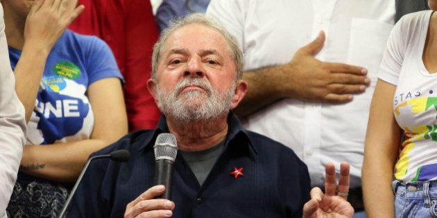 Receio de manchar legado faz Lula adiar decisão de aceitar