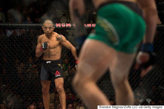 McGregor bate José Aldo em 13 segundos e fica com cinturão dos penas no