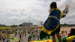 FOTOS: Manifestantes vão às ruas em atos pró-impeachment de Dilma