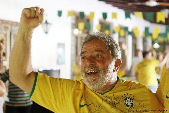 Grampo da PF pega Lula falando de futebol. E ele é só elogios ao técnico português da