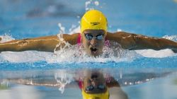 Nadadora vence síndrome do pânico, bate recorde e leva bronze no