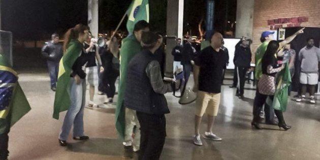 Alunos da UnB são alvo de ataques homofóbicos em protesto da extrema-direita na