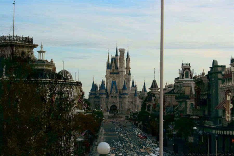 Veja como seriam os parques da Disney se estivessem abandonados