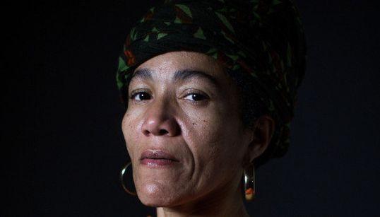 'Raiva do brasileiro fica evidente em tempos de crise', diz jornalista cubana refugiada no