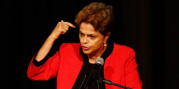 Dilma critica 'aventuras