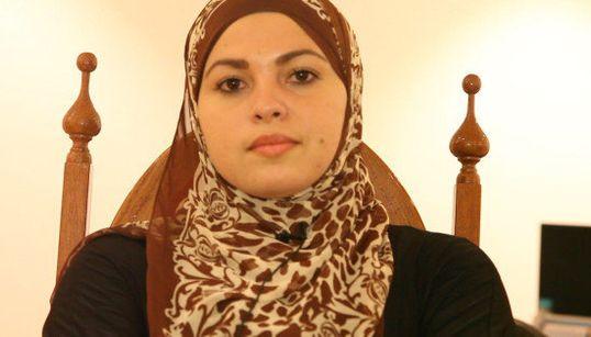 De 'mulher-bomba' a preconceito na OAB: Esta muçulmana quebrou o ciclo da