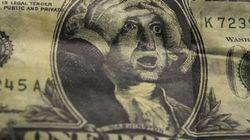 Dólar salta de novo e chega a R$ 4,24, com tensões na política e