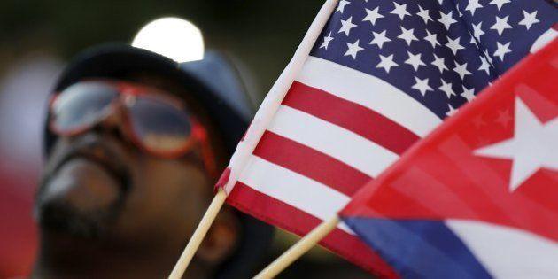 Dia histórico! Veja as melhores fotos da abertura das embaixadas em Cuba e nos
