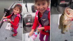 ASSISTA: Garotinha valente pesca peixe GIGANTE usando vara de