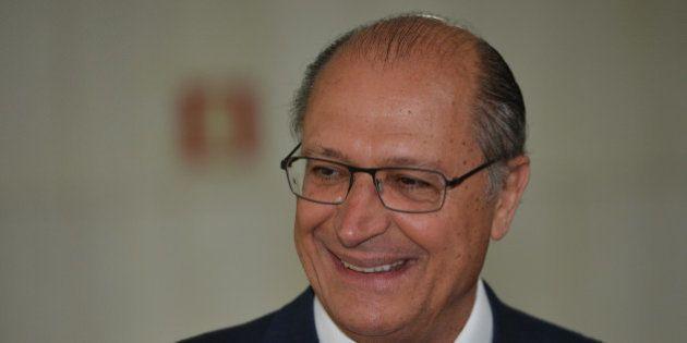 Geraldo Alckmin reúne-se com Eduardo Cunha, acompanhado do secretário de Segurança Pública, Alexandre...