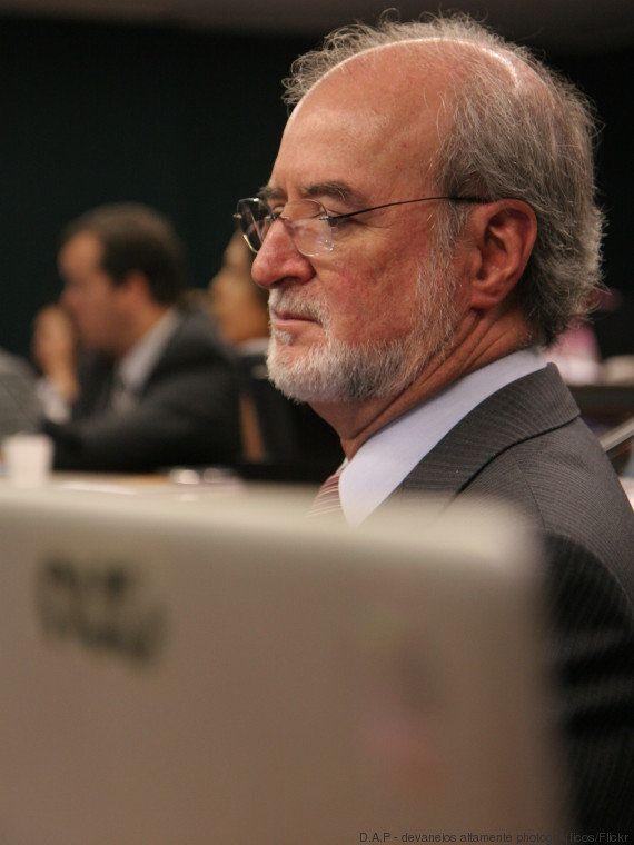 Eduardo Azeredo é condenado a 20 anos de prisão por mensalão