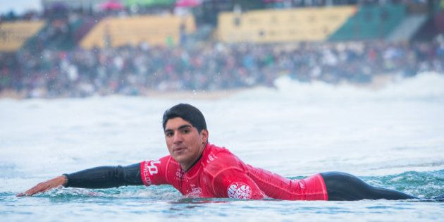 PENICHE, PORTUGAL - OCTOBER 25: Gabriel Medina of Brasil surfs during Roud 3 of Moche Rip Curl Pro on...