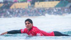 Brasileiros entram na água para tentar tirar o título de Mick Fanning no