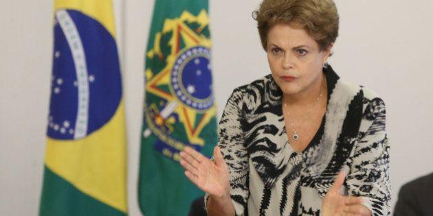 Apoio ao impeachment de Dilma Rousseff sobe para 62,8%, aponta CNT/MDA