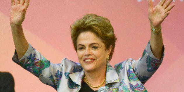 Dilma: 'Os que querem interromper meu mandato não resistem a pesquisa no