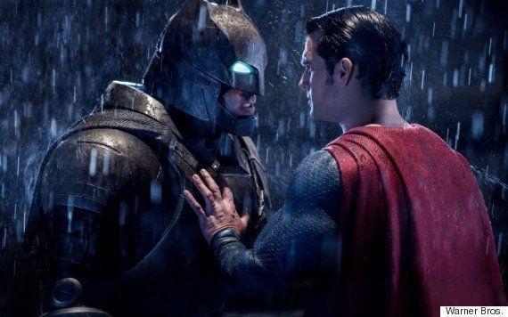 Em 'Batman vs Superman', quem rouba cena é a