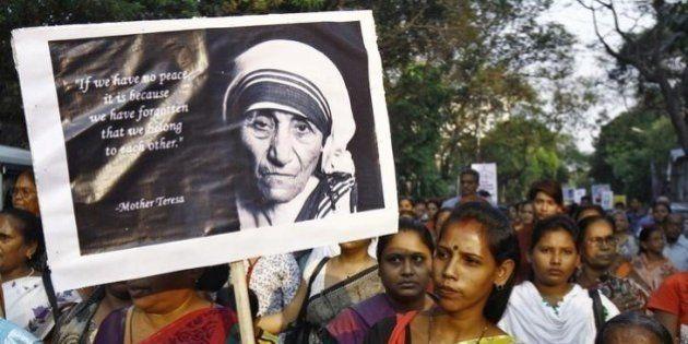 Por causa de cura de brasileiro, Madre Teresa de Calcutá será