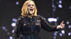 Emocionante! Adele canta 'Make You Feel My Love' para vítimas de