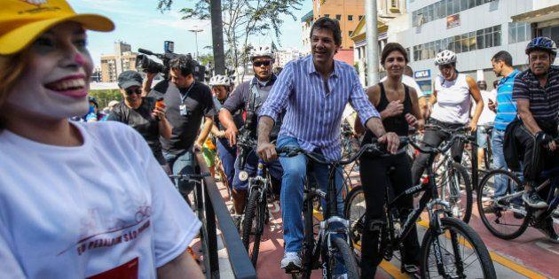 Fernando Haddad quer fechar a Av. Paulista para carros no próximo