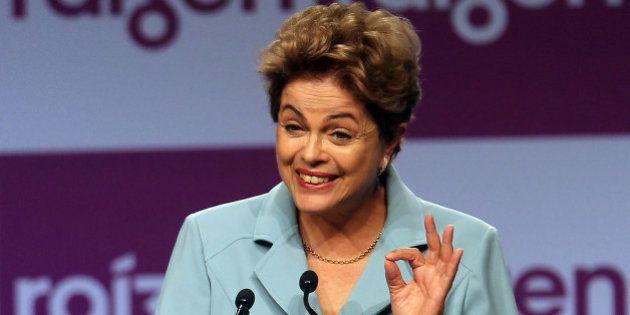 Câmara dos Deputados recebe 12º pedido de impeachment contra Dilma