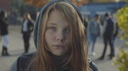 'Querido pai, vou ser chamada de puta': Vídeo chama atenção para violência contra