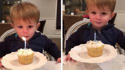 FO-FU-RA: Garotinho de 2 anos aprende a soprar a velinha de seu aniversário
