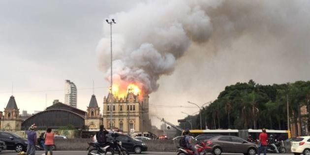 Incêndio de grandes proporções destrói parte do Museu da Língua Portuguesa. Brigadista