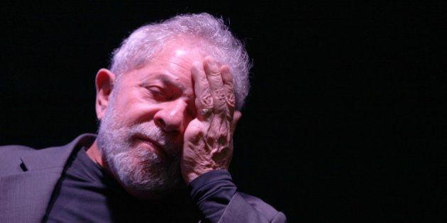 Lula diz estar cansado 'das mentiras e safadezas' e das agressões à