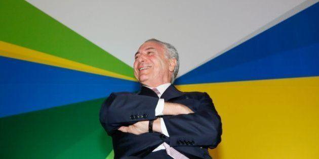 Michel Temer se prepara para assumir governo em maio, segundo