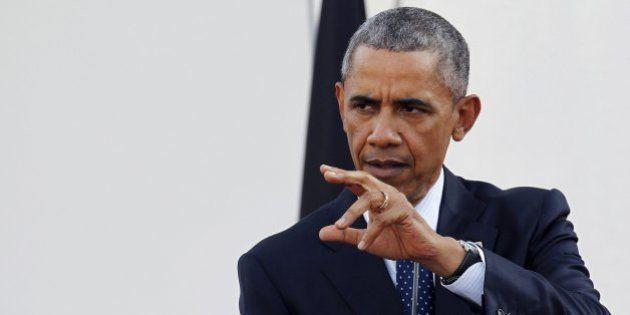Ao lado do presidente do Quênia, Obama defende direitos iguais aos